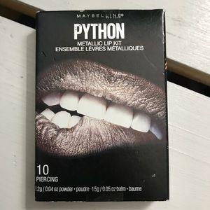 Piercing metallic lip kit smudge proof lips